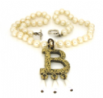 Anne Boleyn Letter 'B' necklace faux pearls ugly betty Prop Replica